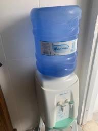 Título do anúncio: Bebedor com suporte para galão de água