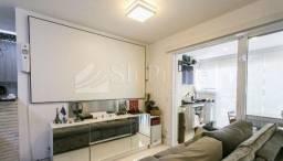 Vende lindo apartamento na Anália Franco.