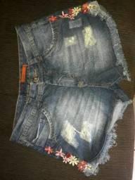 Vendo shorts e saias jeans de boa qualidade.