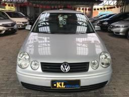 Volkswagen- Polo Hatch 1.6 8v mi Flex (Oferta) - 2006