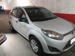 Fiesta sedan 1.6 2011 completo - 2011