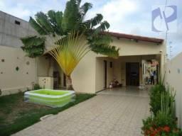 Casa residencial à venda, Sapiranga, Fortaleza - CA0623.
