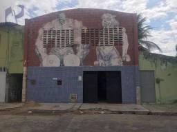 Galpão para vender ou alugar, 200 m² por R$ 1.100/mês - Jangurussu - Fortaleza/CE