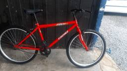 Bicicleta em bom estado de conservação