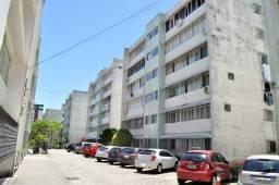 Apartamento para alugar com 2 dormitórios em Centro, Florianópolis cod:75497