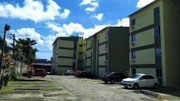 Apartamento com 2 dormitórios para alugar, 48 m² por R$ 800,00/mês - Várzea - Recife/PE