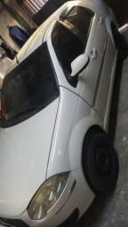 Fiat Siena tetrafull 1.4 2011 R$ 15.500,00