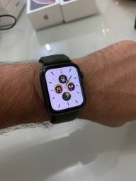 Apple Watch 5 44mm (NOVO) 1 ANO DE GARANTIA APPLE