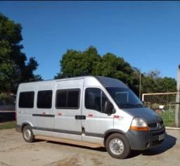 Vendo uma Van