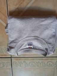 Camiseta cinza básica G/XG R$ 25,00