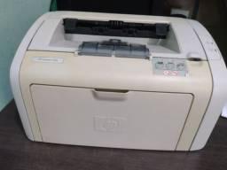 Título do anúncio: Impressora laser HP 1018 com toner funcionando