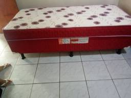 Vende-se essa cama por 330 reais
