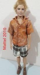 Boneco Ken loiro Mattel 2010 (Leia a descrição abaixo)
