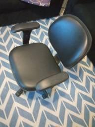 Cadeira Escritório Giratórias c/ Ajuste tamanhos