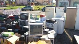 Trabalhamos com reciclagem de lixos eletrônicos buscamos gratuitamente what *