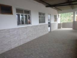 Título do anúncio: Alugo apartamento no Rancho Fundo com 1 quarto, sala, cozinha e banheiro