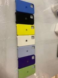 7 Capas IPhone 11 + 1 Capa carregadora Iphone 11.