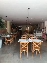 Passo estrutura completa de restaurante e cafeteria, no centro de Alagoinhas