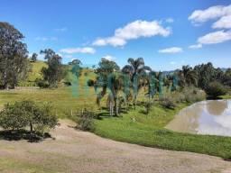 Título do anúncio: Sítio para Venda em Jambeiro, Tapanhão, 3 dormitórios, 3 banheiros, 10 vagas