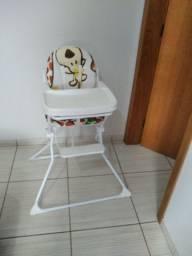 200 reais Cadeira de alimentação infantil