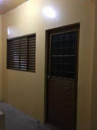Título do anúncio: Aluga-se Apartamento Incluso água e anergia 850,00 R$