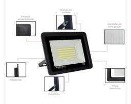 Título do anúncio: Refletor Led Mini 100W IP66 Branco Frio Bivolt Preto<br><br>