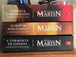 Título do anúncio: Box Game Of Thrones (Livros I, II, III, IV, V e HQ)