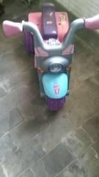 Título do anúncio: Moto para criança semi nova