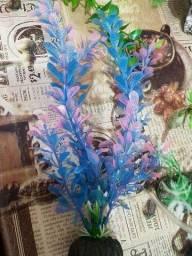 Título do anúncio: Plantas artificiais e toca para aquario