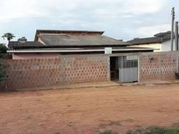Vende-se Casa toda de Alvenaria, podendo financiar
