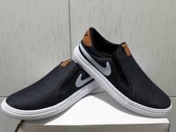 1558ec8bd71 Sapatenis Nike Preto s  Cadarço - 38 ao 43