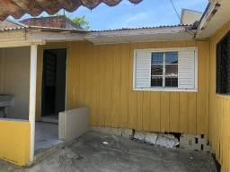 Casa de fundos