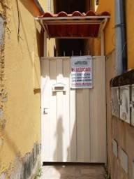 Casa para alugar com 1 dormitórios em São gonçalo, Mariana cod:5445