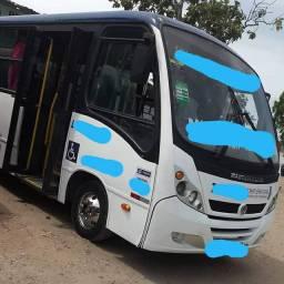 Micro ônibus neobus