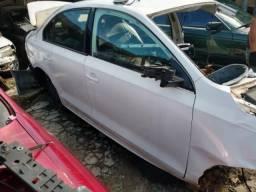 Porta dianteira direita VW Jetta 2.0 2011/2017