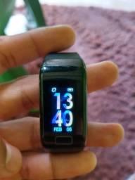 Relógio digital ( smartwatch ) estou vendendo por não usar !
