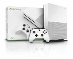 Lote com 6 Xbox one s novo