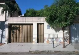 Casa 3 quarto(s) - José de Alencar