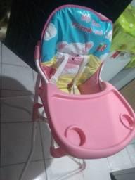 Cadeirinha de alimentação infantil feminina