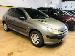 Peugeot 206 ano 2003/2003