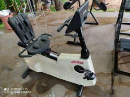 Bicicleta Ergometrica horizontal Profissional  life fitness