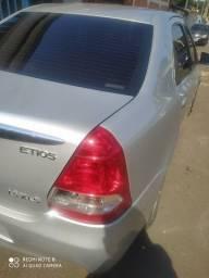 Toyota Etios sedã xls