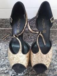 Sandália de marca ALDO