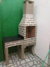 Churrasqueira pré moldada de tijolos refratário