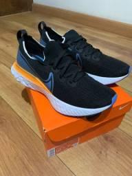 Tênis Nike React Infinity Run Fk 42 original , menos de um mês de uso