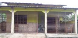 Vendo casa em Sena Madureira
