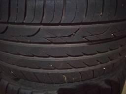 Vendo rodas aro 19 5 furo pra vender rapido com pneus novos valor negociavel