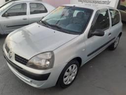 Clio 1. 8v 2003