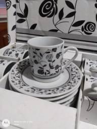 Jogo de xícaras para café