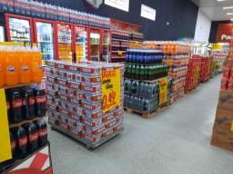Supermercado em funcionamento